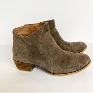 Lucky Brand | Brolley Brown Suede Booties Size 8